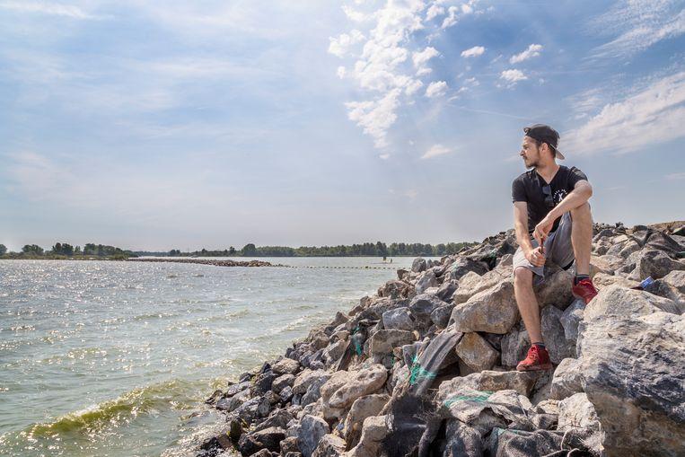 Erik kan over een maand even terug naar Slowakije. 'Ik zal de zee missen.' Beeld null