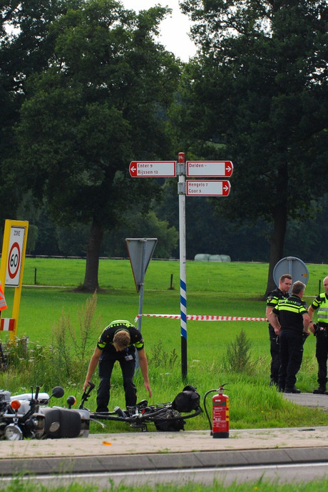 Motorrijder uit Zenderen (64) komt om het leven bij ongeluk in Delden