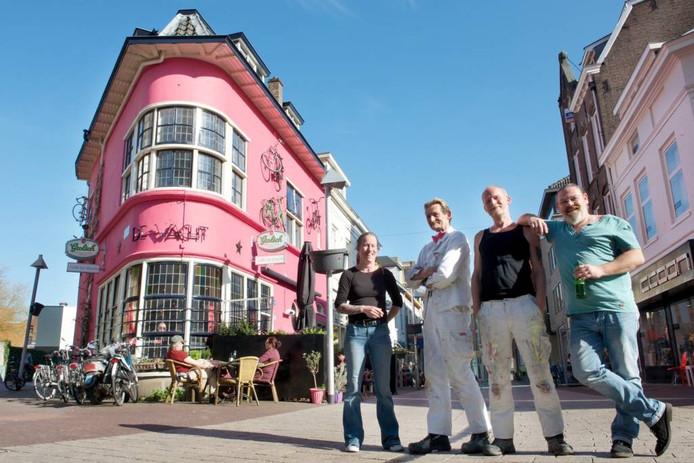 Het giroroze café in Arnhem