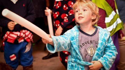 Vierde verlichte pyjamawandeling voor kinderen