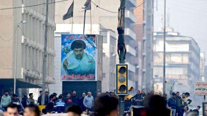 Woedende menigte lyncht tiener die vier betogers doodschoot in Bagdad