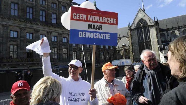 Hans Maessen, campagneleider bij het Nieuw Republikeins Genootschap (NRG), voert actie voor het Paleis op de Dam Beeld anp
