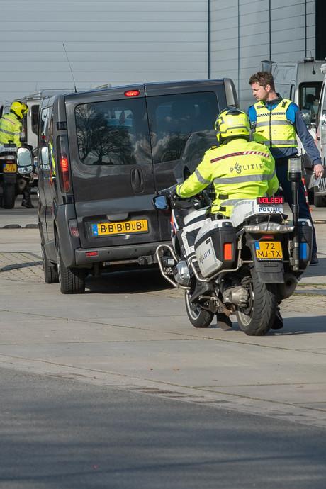 Boetefestival bij grootscheepse controle in Deventer: stoppen voor groen, betalen maar!