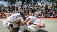 Zo neemt een ex-judokampioen (62) afscheid van zijn leerlingen