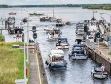 Geen vakantie, dan maar een boot: nog nooit was het zó druk op de randmeren