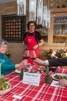 Wel bloemen maar geen burgemeester voor jubilerende echtparen op de Veluwe