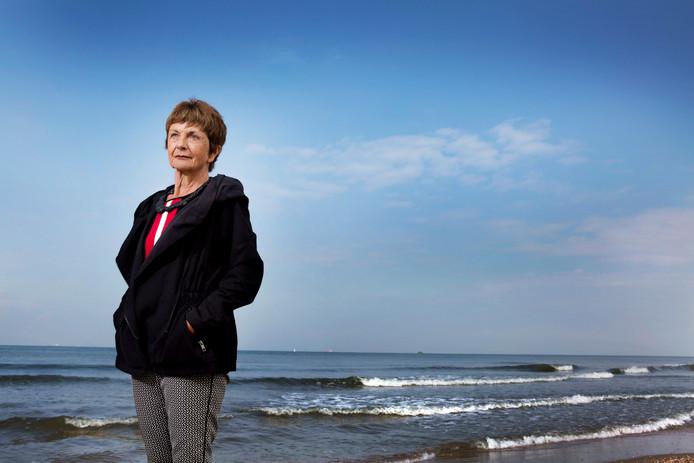 Joan van Baarle werkte 2,5 jaar aan het boek over haar dochter. ,,Het was een ontzettend rouwproces. Af en toe zat ik zo in de put. Dat boek komt er nooit, dacht ik dan.''