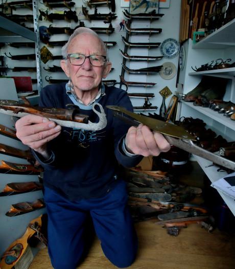 Zolder van Arie van der Graaf (80) puilt uit van de 'ijzers'