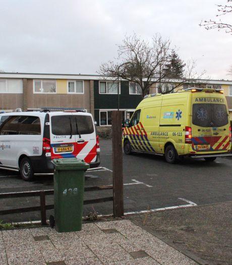 Verdachte van steekpartij in woonwijk Apeldoorn zit nog altijd vast, onderzoek in volle gang