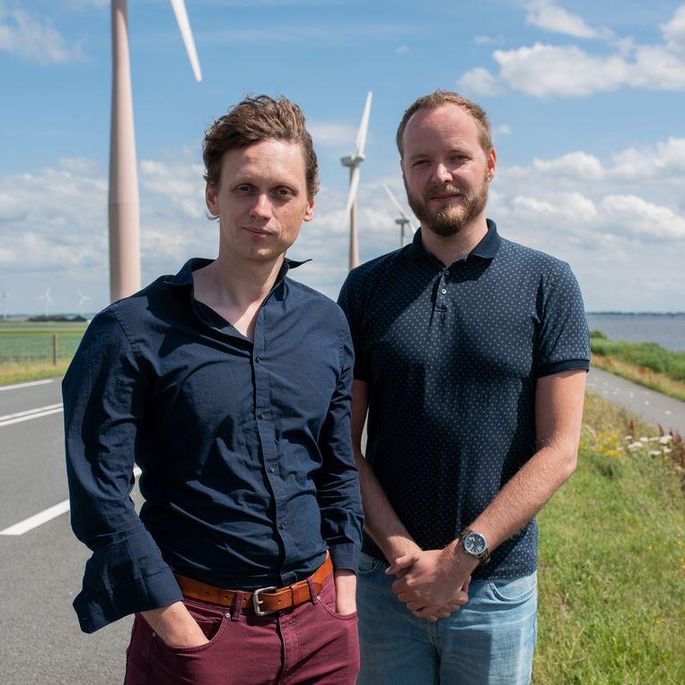 Otto Barten (links) en  Folkert Niewijk zijn de oprichters van Future Current, een platform dat vraag en aanbod van groene stroom bij elkaar moet brengen. Beeld Sabine van Wechem