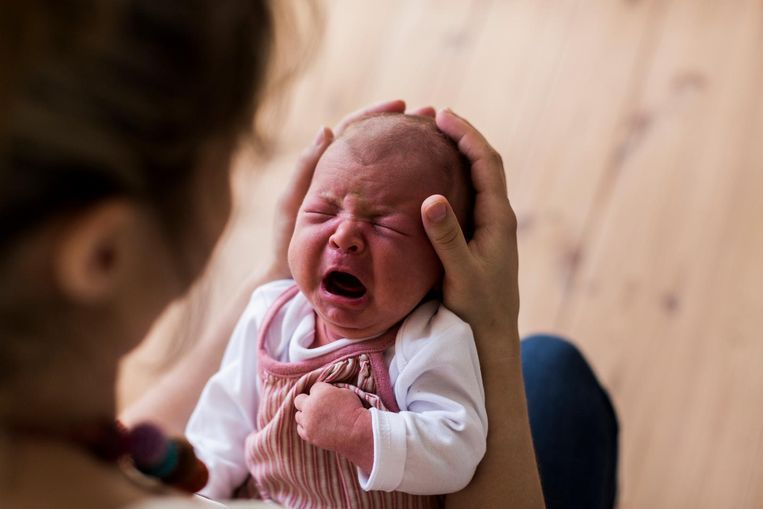 Een van de baby's die kort na de geboorte door Ferdinand D. werd erkend.