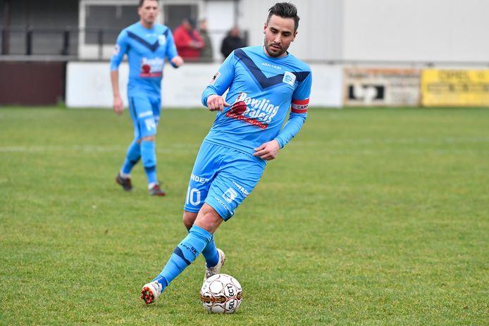 Archieffoto van Quincy Rombaut als speler van SK Lochristi. Intussen is hij bij de derdenationaler aan de slag als sportief verantwoordelijke.