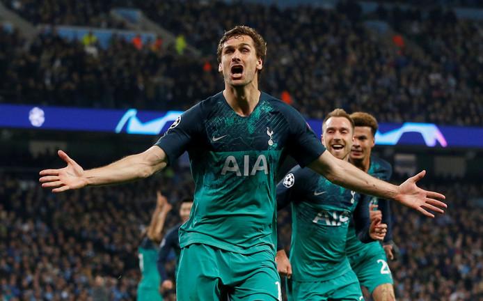 Fernando Llorente viert zijn belangrijke treffer tegen Manchester City in de kwartfinale.