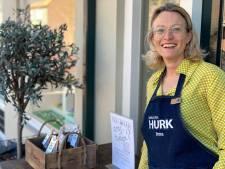 Een vers kopje thee van Eerselse kookwinkel als bedankje aan zorgpersoneel