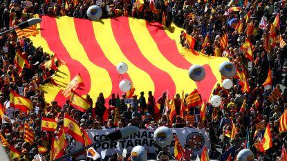 Duizenden betogers tegen onafhankelijkheid in Barcelona