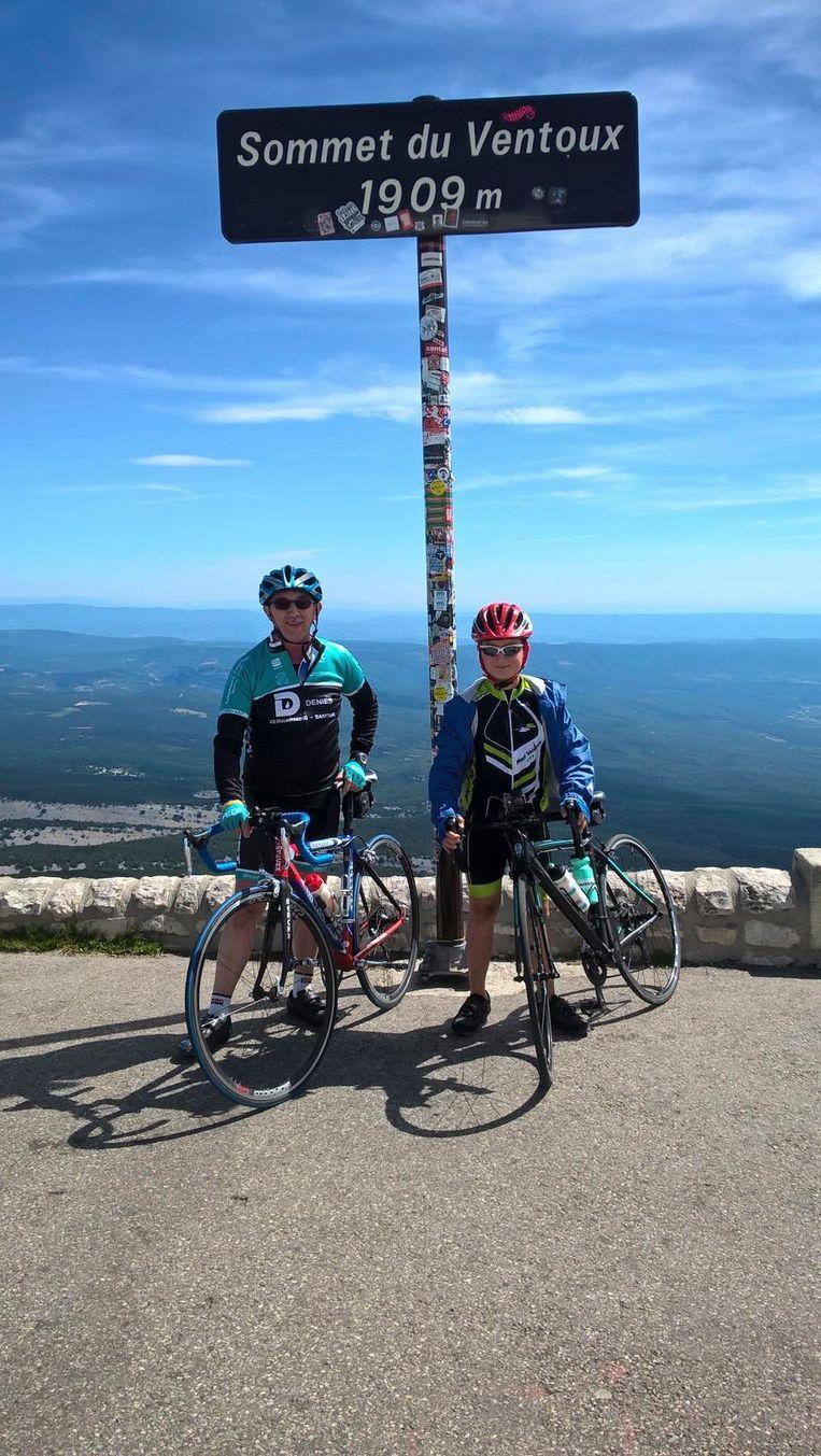 Darco op de top van de Ventoux.