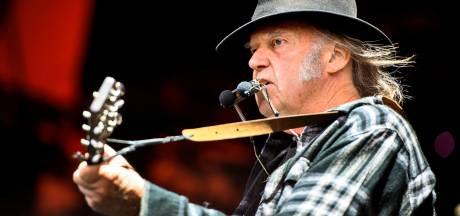 Neil Young enflammera le Sportpaleis le 9 juillet