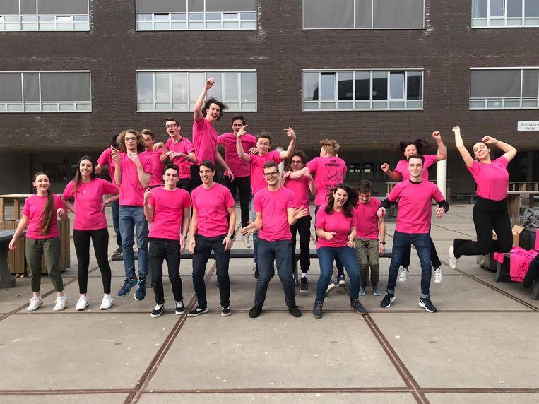 Jump around! Deze leerlingen zijn helemaal klaar voor de lancering van springplaneet.
