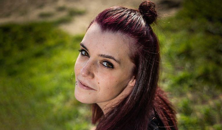 """Alicia Sanfilippo is nu 21, maar was pas 17 toen haar juf haar verleidde. """"Fijn is het niet om met zo'n verhaal naar buiten te komen, maar ik ben bang dat er anders nog slachtoffers vallen."""""""