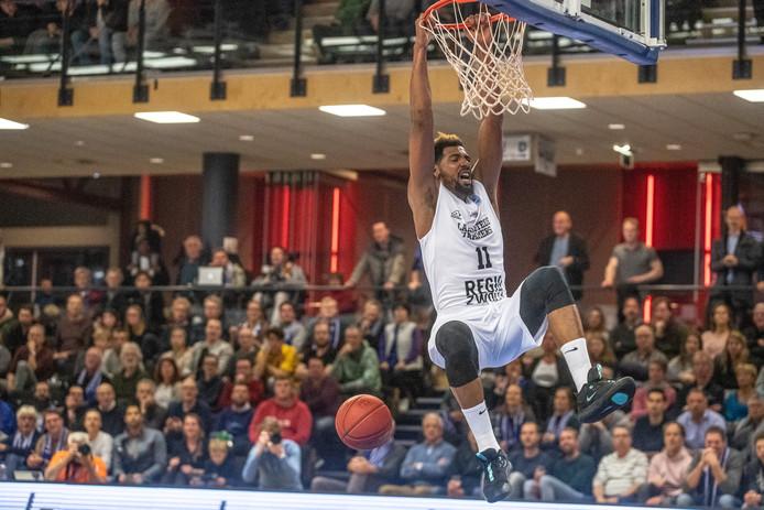De terugkeer in Leiden werd een feestje voor Mohamed Kherrazi: 16 punten, 13 rebounds.