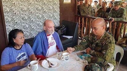 Ontvoerd op het strand: Filipijnse soldaten bevrijden Brits paar uit handen van jihadisten