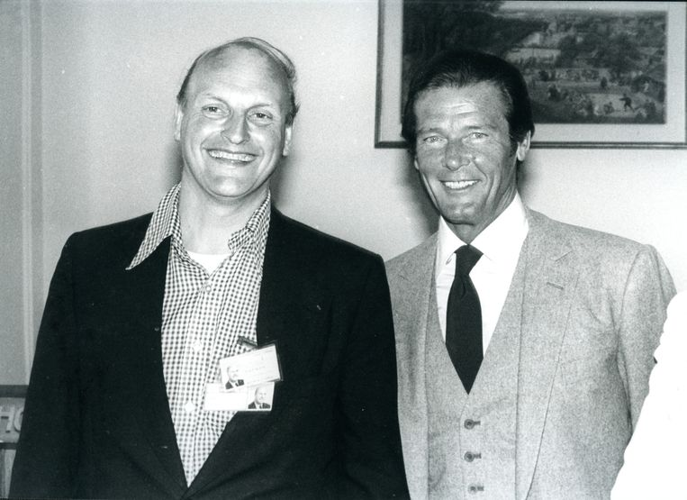 Frans Afman met Roger Moore Beeld The Hollywood Banker