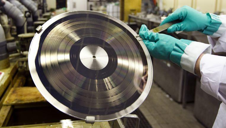 Fabricage van LP's in een perserij in Haarlem. Beeld ANP