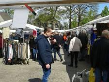 Vlooien schieten carnaval in Moergestel te hulp: markt op tweede paasdag