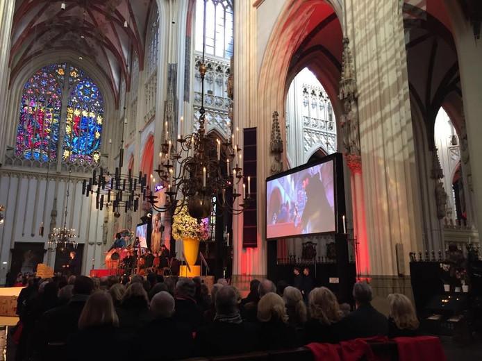 De ceremonie in de Bossche Sint-Jan met Koning Willem Alexander.