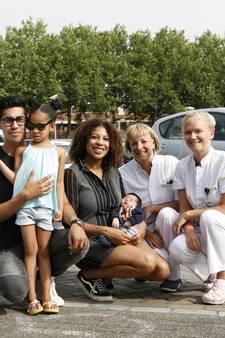 Nét te snel: Marcellus geboren op parkeerplek bij het Haga
