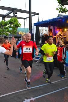 Muzikale doping tijdens NightRun Helmond zorgt niet voor toptijd