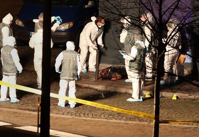 Op 9 januari 2015 schoot de politie Amedy Coulibaly dood. Hij had eerst een agente vermoord en gijzelde daarna een supermarkt in Parijs. Daar kwamen vier mensen om het leven.