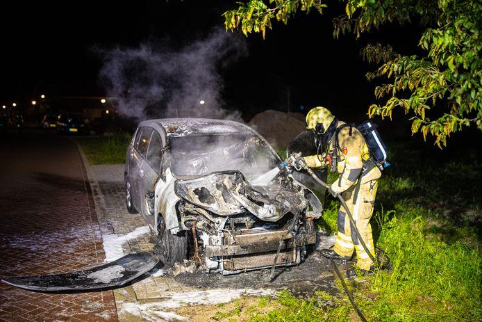 De brandweer moest uitrukken voor een autobrand in Epe.