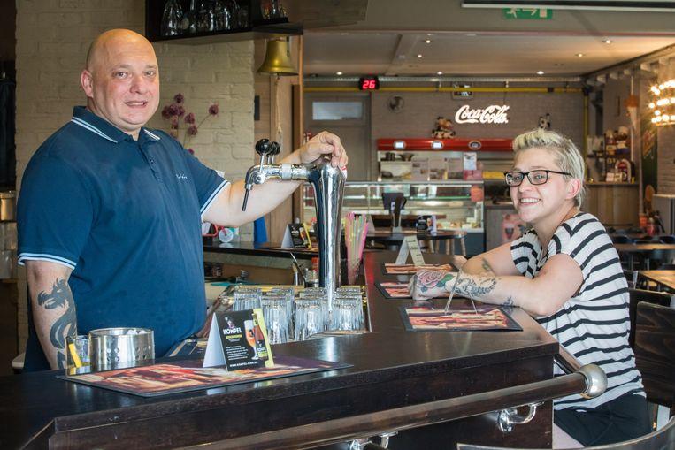 'T Frit Pintje in Neerpelt bij Chris Claes en Marijke Apiecionek.