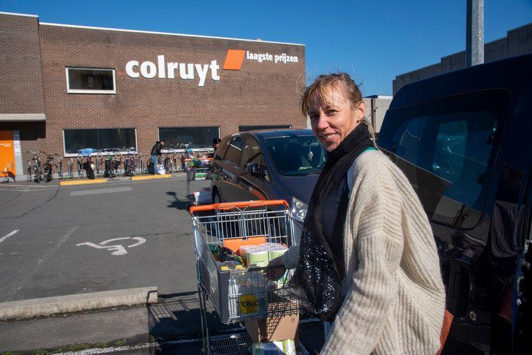 Hilde Van Doorselaer heeft een week gewacht om te winkelen 'tot de grootste gekte voorbij was'.