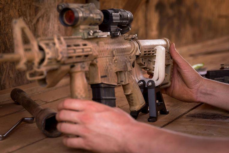 Het eindresultaat: een wapenbeugel. Beeld Jasper Verolme/Ministerie van Defensie