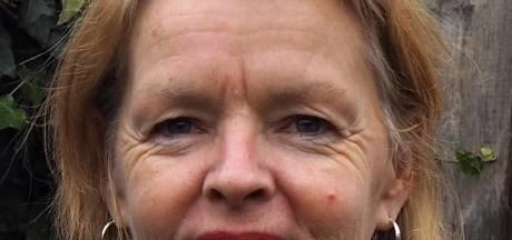 Brigitta (59) bedacht KunstTaal Route Kruiskamp: 'Ik ben verrast door het vele talent in de wijk'