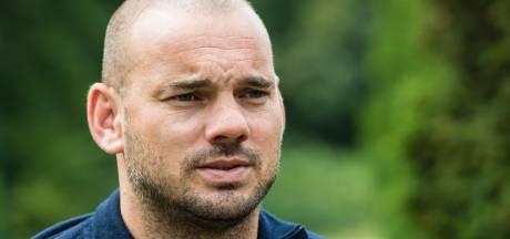 Spectaculaire comeback Sneijder, lachwekkend of kan het? 'Honderd procent fit na de winter'