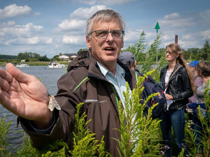 'Struinend in de natuur plant en dier ontdekken'