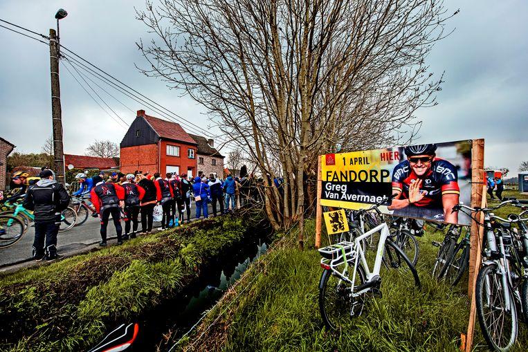 Hamme-Zogge, het Vlaamse dorp waar Greg van Avermaet opgroeide en waar zijn ouders nog wonen is tijdens de Ronde van Vlaanderen het fandorp van Van Avermaet.  Beeld Klaas Jan van der Weij