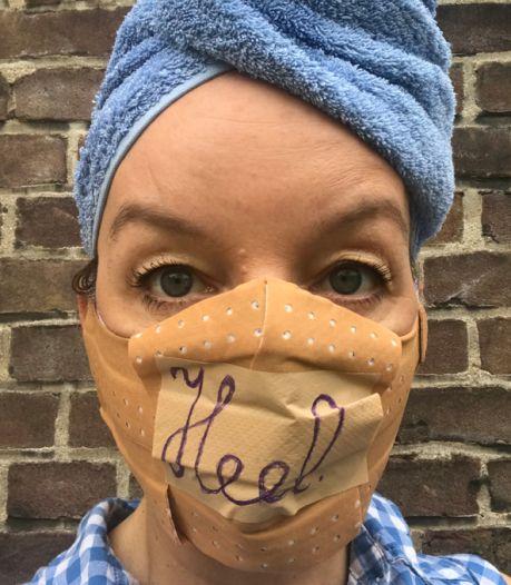 Boze Sanne Wallis de Vries daagt Rutte uit: 'Kom zelf eens kijken!'
