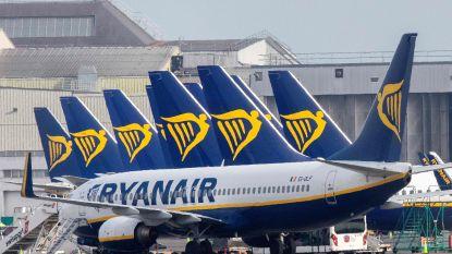"""""""Ryanair wil Belgische piloten 20 procent loon laten inleveren, cabinepersoneel verliest tien procent"""""""