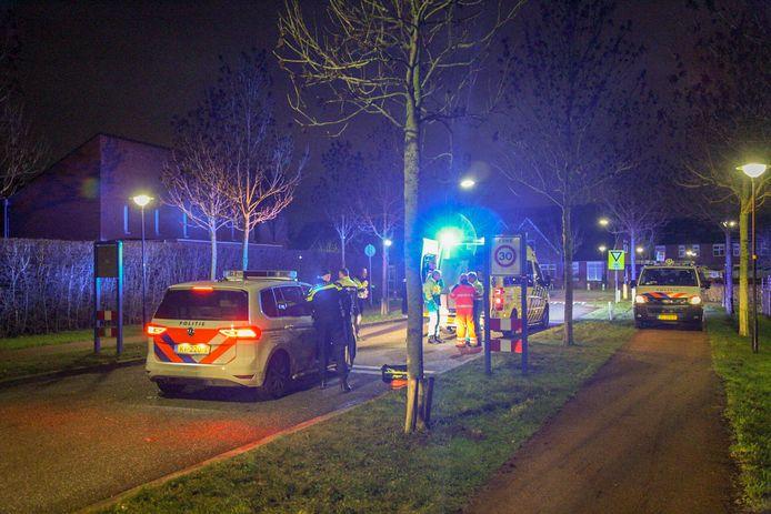 De politie in Bemmel na het incident in de nieuwjaarsnacht.