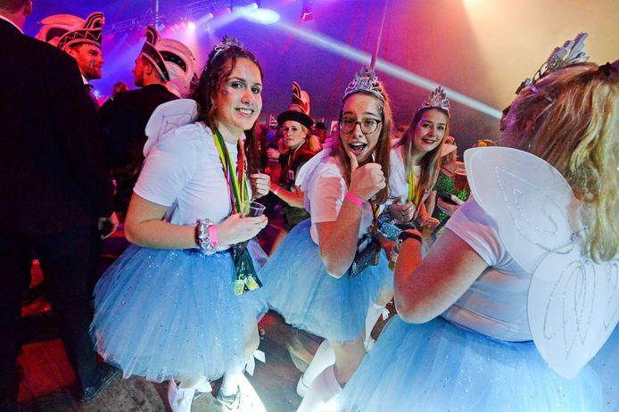 In  Bentelo weten ze het al: dit eerste XL Carnaval is top.
