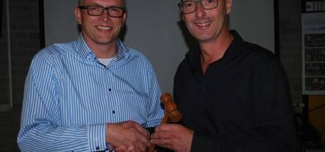 Nieuw bestuur vv Ravenstein neemt fusieopdracht met SDDl over