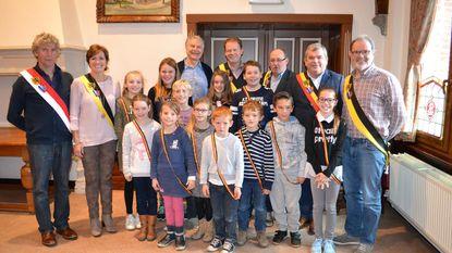 Kinderparlement te gast in 'echt' gemeentehuis