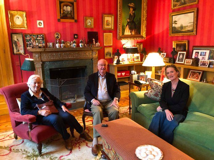 De monden vielen open toen prinses Delphine op de koffie ging bij koning Albert en koningin Paola. Een oprechte verzoening of schone schijn?