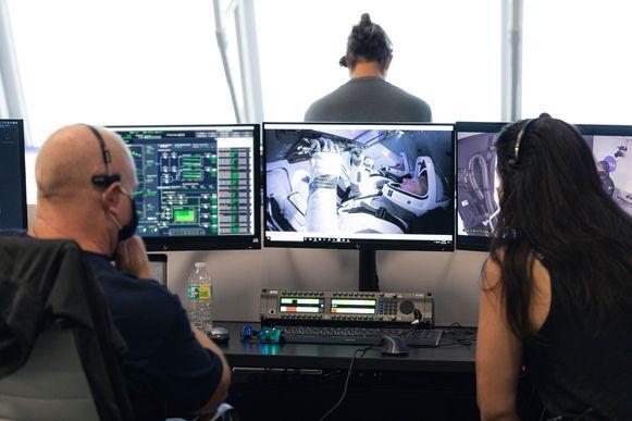 Een beeld van een controlekamer.