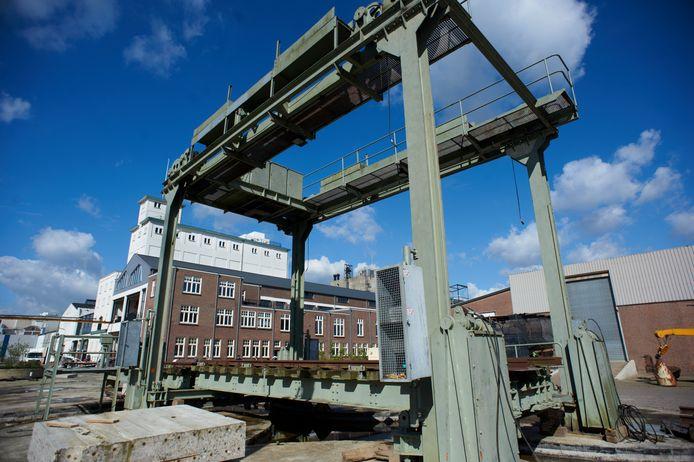 De brug van het Duits Lijntje bij Veghel werd in 2014 ontmanteld en weer opgebouwd op de Noordkade, in afwachting van een mogelijke nieuwe bestemming daar. Die krijgt de brug niet daar, maar langs het nieuwe snelfietspad dat grotendeels langs het Duits Lijntje loopt.