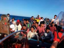 Le navire humanitaire Ocean Viking en état d'urgence avec 180 migrants à bord